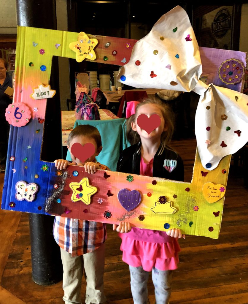 Selfie Photo Frame - Adventures with Cardboard